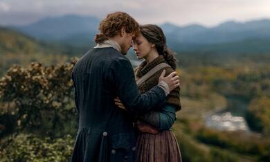 Outlander - Staffel 4 mit Sam Heughan und Caitriona Balfe - Bild 1