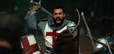 Jede Menge Schlachten sehen wir in Knightfall.
