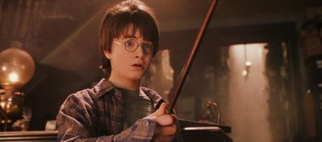 Harry Potter das erste Mal mit Zauberstab