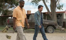 2 Guns mit Denzel Washington und Mark Wahlberg - Bild 157