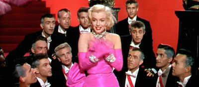 Marilyn Monroe liegen einfach alle Männer zu Füßen