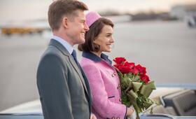 Jackie mit Natalie Portman und Caspar Phillipson - Bild 5