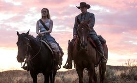 Westworld - Staffel 2, Westworld - Staffel 2 Episode 2 mit Evan Rachel Wood und James Marsden - Bild 8