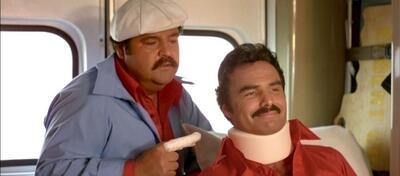 Dom DeLuise und Burt Reynolds in Auf dem Highway ist die Hölle los