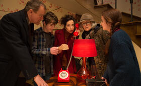 Paddington 2 mit Sally Hawkins, Julie Walters, Hugh Bonneville, Samuel Joslin und Madeleine Harris - Bild 14