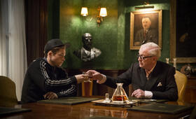 Kingsman: The Secret Service mit Michael Caine und Taron Egerton - Bild 5