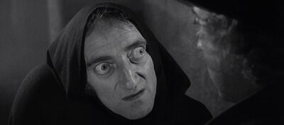 Na, heute schon genug gelacht? Marty Feldman als Igor in Frankenstein Junior