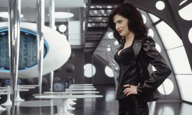 Men In Black 2 mit Lara Flynn Boyle - Bild 3