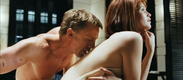Strawberry Fields in James Bond 007 - Ein Quantum Trost