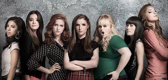 Der Cast aus Pitch Perfect 2
