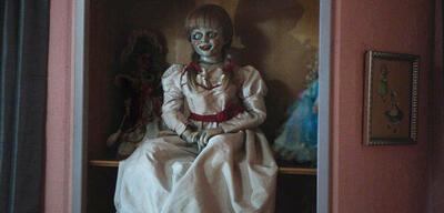 Annabelle wartet auf Spielpartner