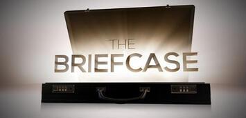 Bild zu:  The Briefcase