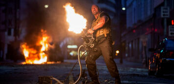 Bild zu:  The Rock in Fast & Furious 7