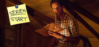 The Guest Book, Staffel 1