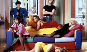 High Heels mit Pedro Almodóvar, Victoria Abril, Marisa Paredes, Miguel Bosé und Bibiana Fernández - Bild 1