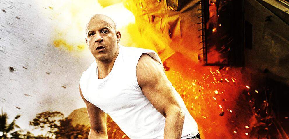 Dramatisierung: Vin Diesel duckt sich vor einer anfliegenden Rolle weg