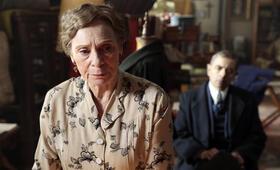 Kommissar Maigret: Die Tänzerin und die Gräfin mit Rowan Atkinson und Sara Kestelman - Bild 9