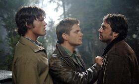 Staffel 1 mit Jensen Ackles, Jared Padalecki und Jeffrey Dean Morgan - Bild 130