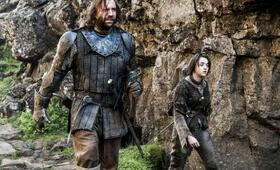 Game of Thrones - Staffel 4 mit Maisie Williams und Rory McCann - Bild 8