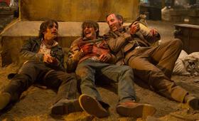 Free Fire mit Cillian Murphy, Sam Riley und Michael Smiley - Bild 65