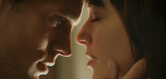 Geschockt? Jamie Dornan und Dakota Johnson in Fifty Shades of Grey