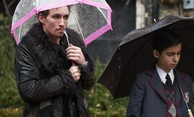 The Umbrella Academy, The Umbrella Academy - Staffel 1 mit Robert Sheehan - Bild 4