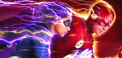 Nora West-Allen und Barry Allen in Staffel 5 von The Flash