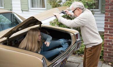 Crisis in Six Scenes, Crisis in Six Scenes Staffel 1 mit Woody Allen und Miley Cyrus - Bild 7