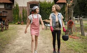 Hanni & Nanni - Mehr als beste Freunde mit Laila Meinecke und Rosa Meinecke - Bild 12