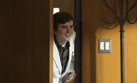 The Good Doctor - Staffel 2 mit Freddie Highmore - Bild 9