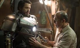 Iron Man mit Robert Downey Jr. und Shaun Toub - Bild 24