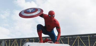 Tom Holland als Spider-Man in Captain America: Civil War