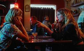 Golden Exits mit Analeigh Tipton und Lily Rabe - Bild 1