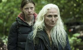 The Survivalist mit Mia Goth - Bild 18