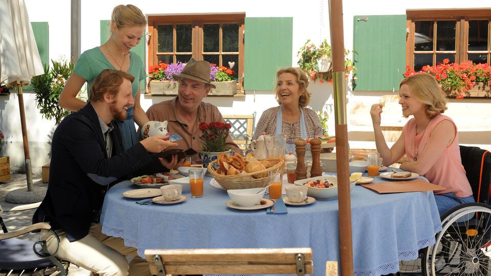 Ein Sommer im Allgäu mit Jennifer Ulrich und Michaela May