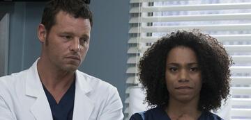Noch skeptisch: Alex und Maggie in der 4. Episode der 14. Staffel von Grey's Anatomy