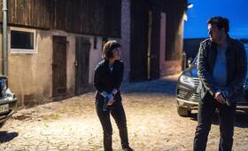 Polizeiruf 110: Angst heiligt die Mittel mit Charly Hübner und Anneke Kim Sarnau - Bild 35