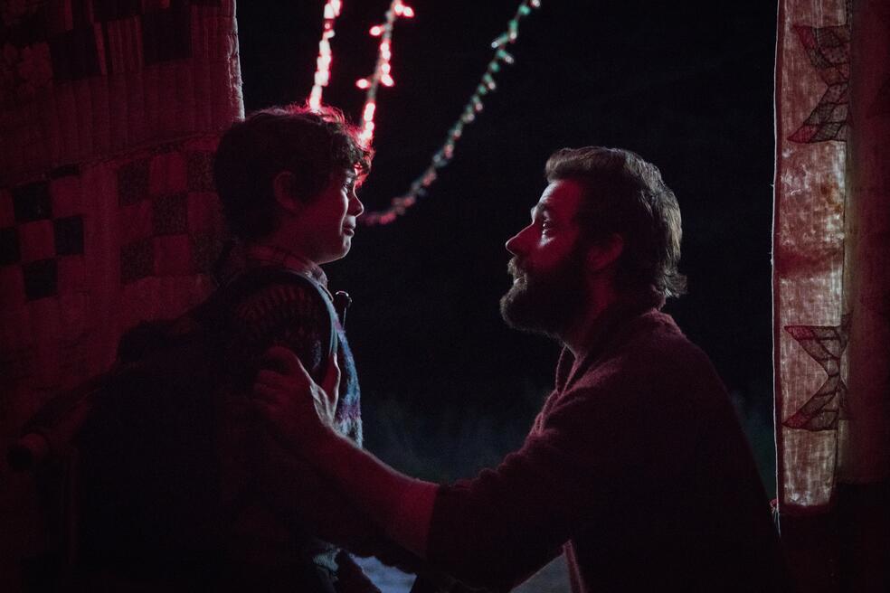 A Quiet Place mit John Krasinski und Noah Jupe