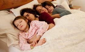 Rara - Meine Eltern sind irgendwie anders mit Emilia Ossandon, Agustina Muñoz, Mariana Loyola und Julia Lübbert - Bild 4