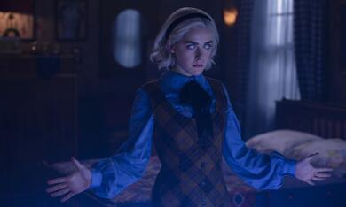 Chilling Adventures of Sabrina - Staffel 2, Chilling Adventures of Sabrina - Staffel 2 Episode 8 mit Kiernan Shipka - Bild 2