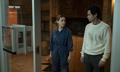 You - Du wirst mich lieben, You - Du wirst mich lieben - Staffel 3 mit Penn Badgley und Victoria Pedretti - Bild 4