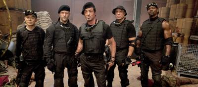 Vom All-Star-Cast kamen Stallone, Statham und Lundgren.
