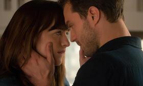 Fifty Shades of Grey 2 - Gefährliche Liebe mit Jamie Dornan und Dakota Johnson - Bild 18