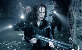 Underworld: Evolution mit Kate Beckinsale - Bild 15
