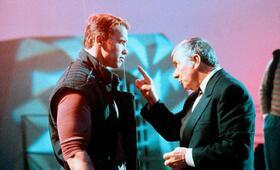 Running Man mit Arnold Schwarzenegger und Richard Dawson - Bild 200