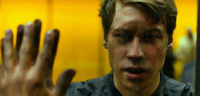 David Kross in Boy7