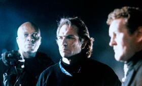 Alarmstufe: Rot mit Tommy Lee Jones und Colm Meaney - Bild 50