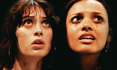 Cloverfield mit Lizzy Caplan und Jessica Lucas - Bild 11