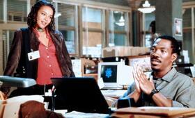 Metro - Verhandeln ist reine Nervensache mit Eddie Murphy und Carmen Ejogo - Bild 24