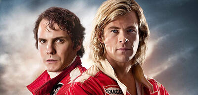 Daniel Brühl und Chris Hemsworth in Rush - Alles für den Sieg